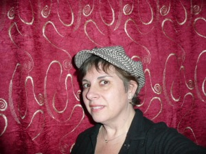 sharon-hat1